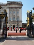 Menjava straže v Buckinghamski palači